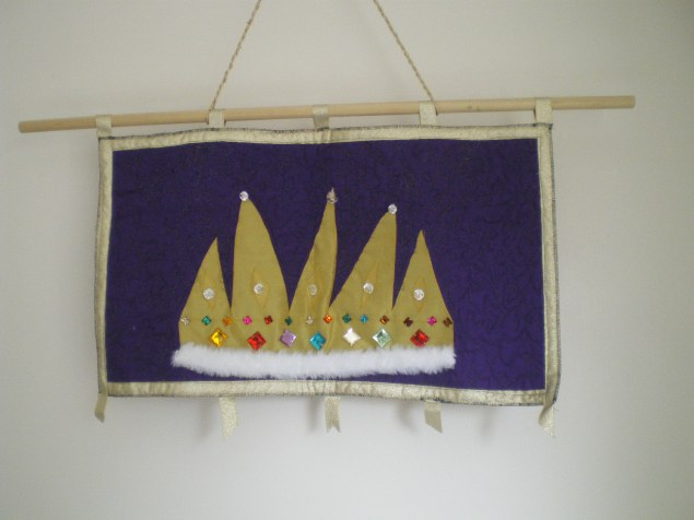 Eyelets jubilee hanging 2012